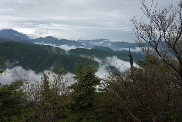 小丸山から男体山P1050424.jpg