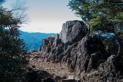禿岩.jpg